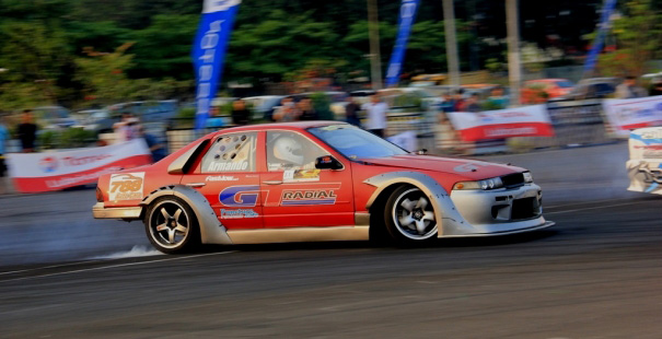 Dido and Demas Agil Compete in Drift ++