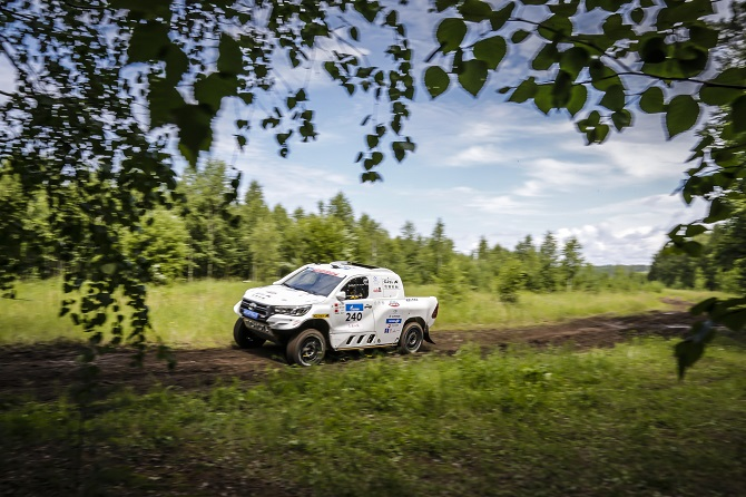 Giti Overcomes Rugged Terrains to Conquer 5,000km Silk Way Rally
