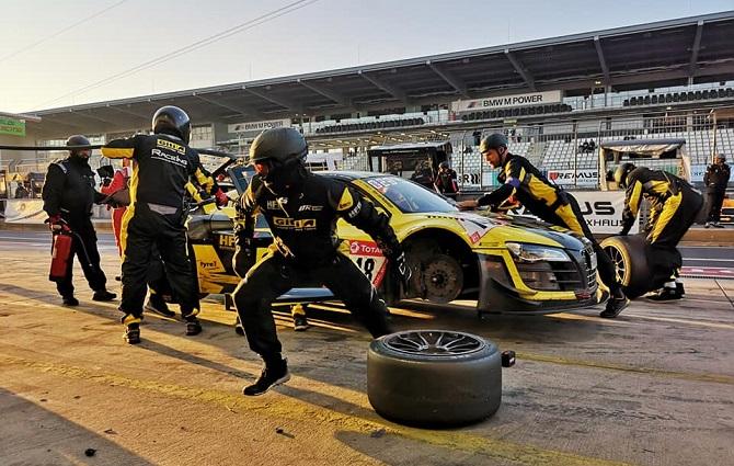 El Duo Audi R8 de Giti gana la categoría; el equipo femenino inspira en el magnífico rendimiento de las 24 horas de Nürburgring